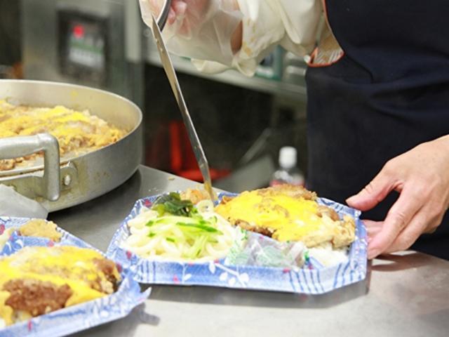 クッキングサポート 食品館あおば美しが丘店 惣菜売場の画像・写真